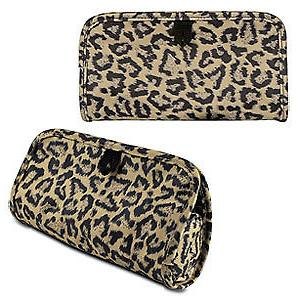 travelon jewelry and cosmetic clutch with removable